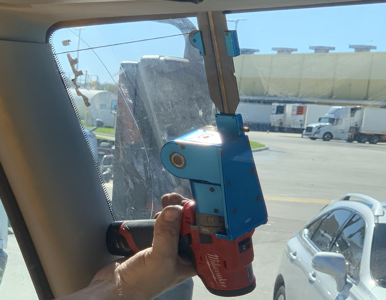 Game Changer Auto Glass Tool